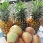 5 lbs. Maui Onions, 3 Maui Gold Pineapples