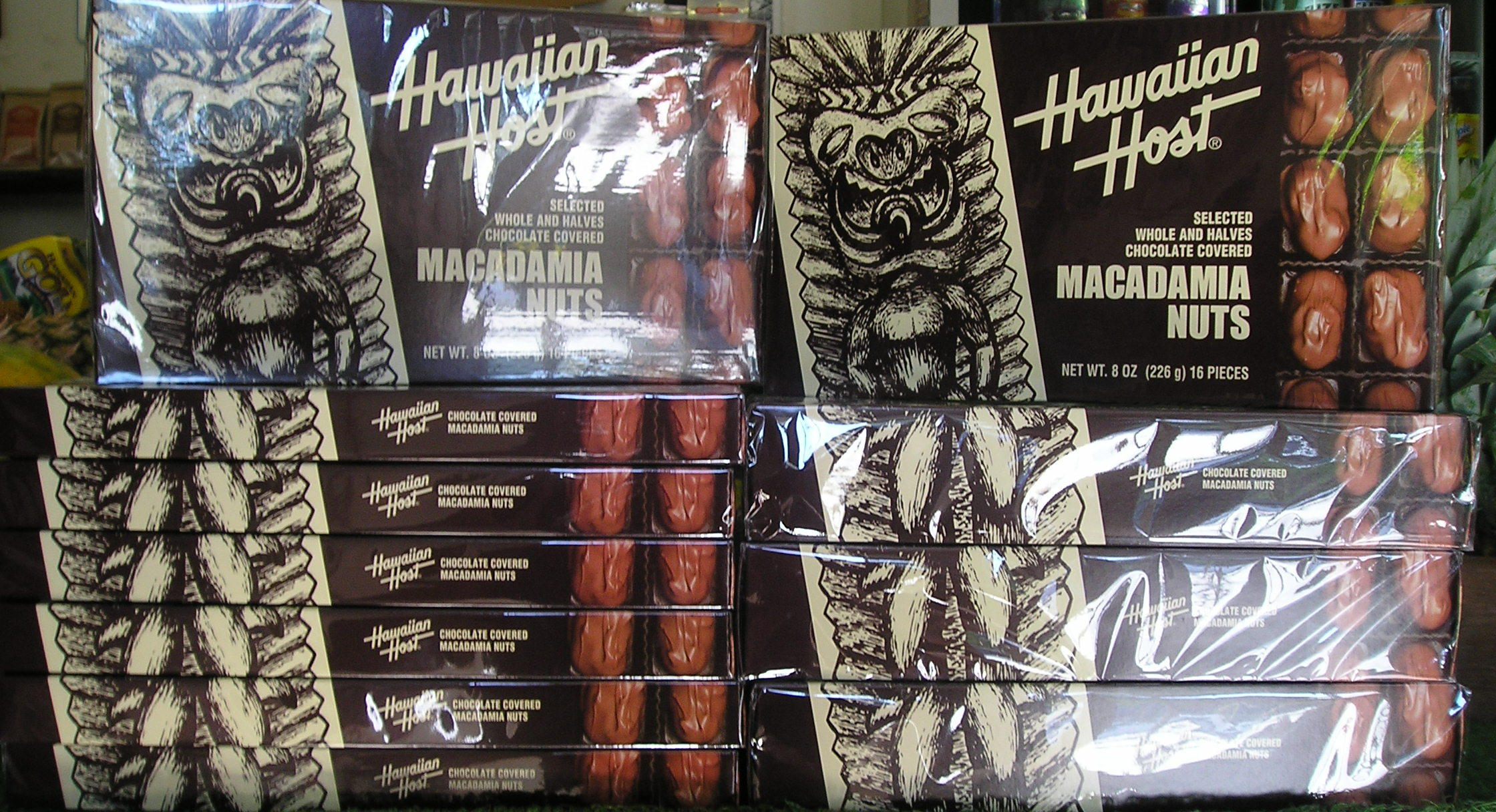 Hawaiian host chocolate mac nuts